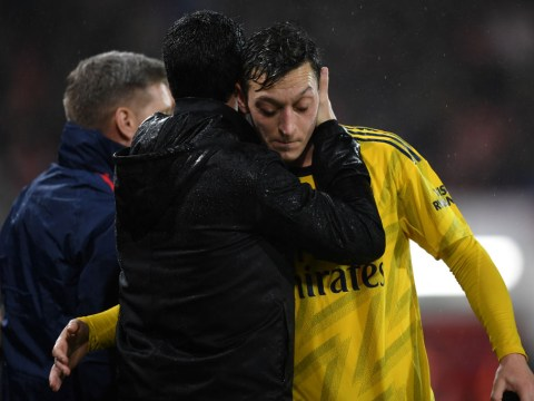 Ray Parlour defends Mesut Ozil and criticises lack of Arsenal leadership