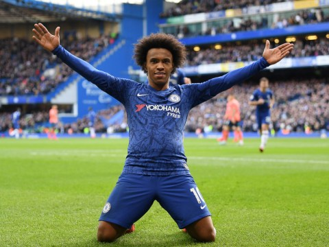 Liverpool in talks with Chelsea star Willian over shock transfer
