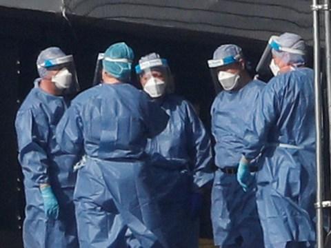 Another 881 dead as UK's coronavirus death toll nears 8,000