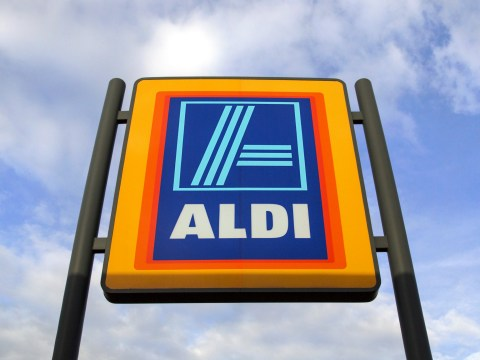 What is Aldi's new traffic light system and how does it work?
