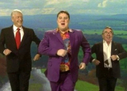 Peter Kay thanks nurses and key workers for joining in Amarillo remake