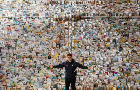 Surprising Captain Tom Moore Has Been Sent 125 000 Cards For His 100Th Personalised Birthday Cards Paralily Jamesorg