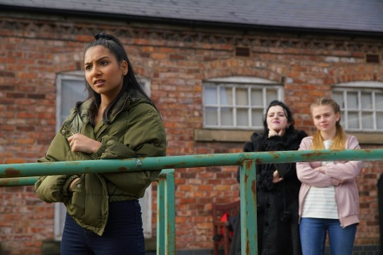 Asha fights back in Coronation Street