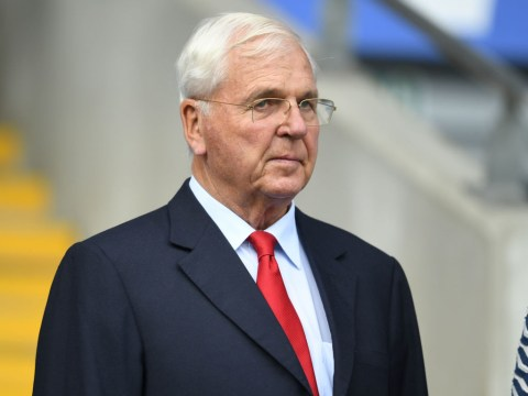 Sir Chips Keswick retires as chairman of Arsenal