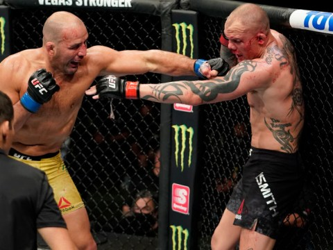 'My teeth are falling out': Anthony Smith's corner ignores UFC fighter's horrific admission between rounds
