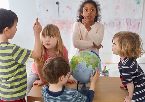 How many hours of free childcare can you get in the UK and when to apply?