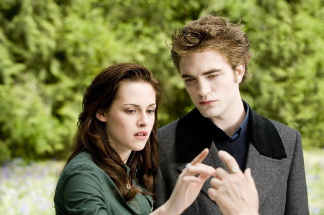 FILMS: The Twilight Saga: New Moon (2009) Kristen Stewart et Robert Pattinson.