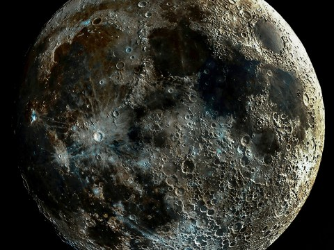 Astrophotographer creates stunning composite image of the moon