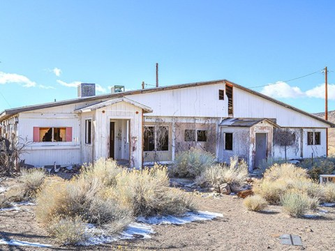 Abandoned brothel in the middle of the Nevada desert goes on sale for £146,000