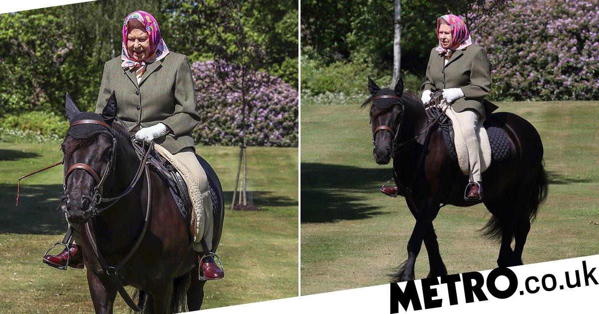 Queen rides pony at Windsor Castle in first public appearance since lockdown - metro