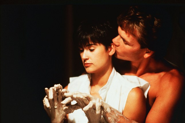Editorial use only. No book cover usage. Mandatory Credit: Photo by Paramount/Kobal/REX (5882837i) Demi Moore, Patrick Swayze Ghost - 1990 Director: Jerry Zucker Paramount USA Scene Still