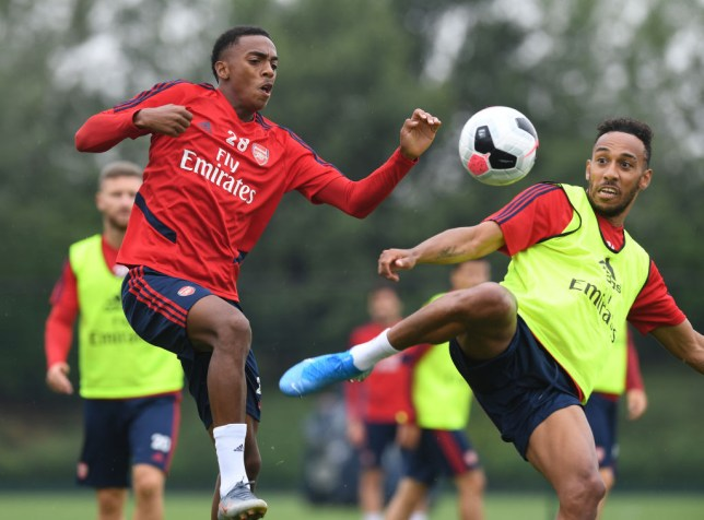 Willock wants Arsenal's captain Aubameyang to stay