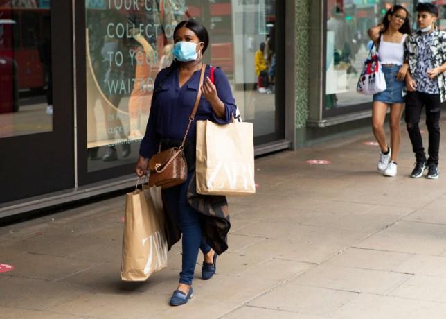 femme, marche, bas, oxford, rue, Porter, figure, masque