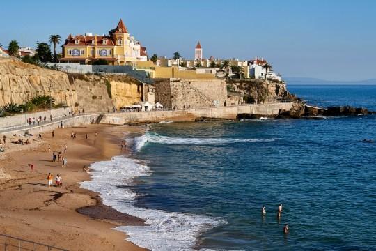 Le pont aérien du Portugal `` ouvrira dans quelques jours '' avec la mise à jour de la liste des voyages