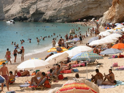 Government guarantees refunds for cancelled package holidays if firms go bust