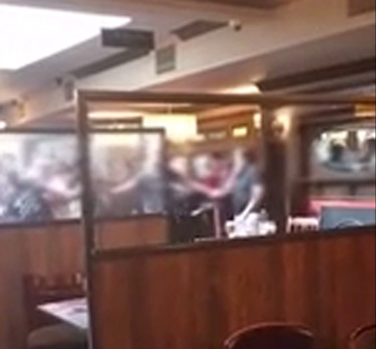 Two groups brawl in a Wetherspoons after pubs reopenMEN