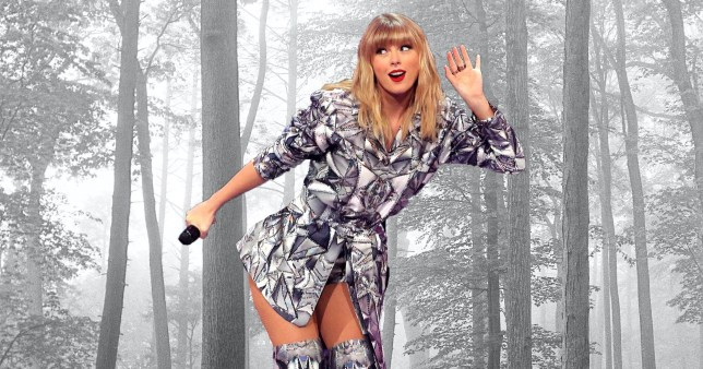 Taylor Swift Folklore First Album Sell 1million Copies In Us In 2020 Metro News