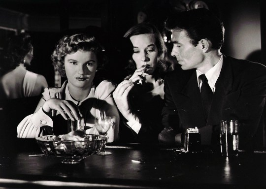 Editorial use only. No book cover usage. Mandatory Credit: Photo by Mgm/Kobal/REX (5877274d) James Mason, Barbara Bel Geddes, Sonia Darrin Caught - 1948 Director: Max Ophuls MGM USA Scene Still Pris au Pi?ge