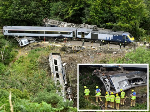 'Hero' train conductor walked a mile to get help after Stonehaven crash