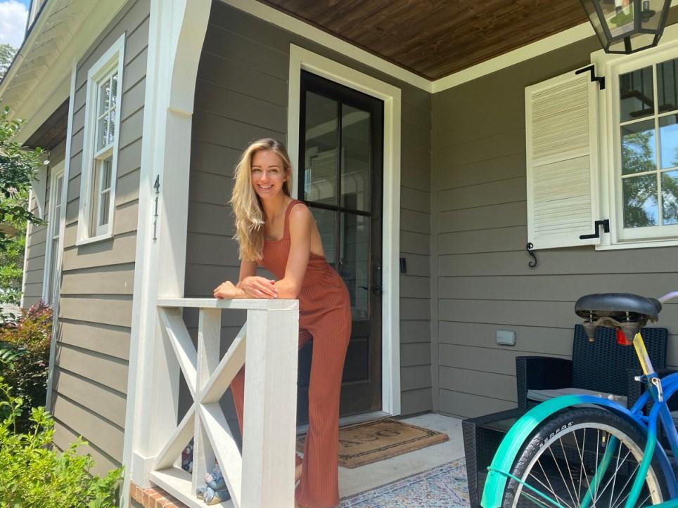 What I Rent: Gilda, Alabama outside her home