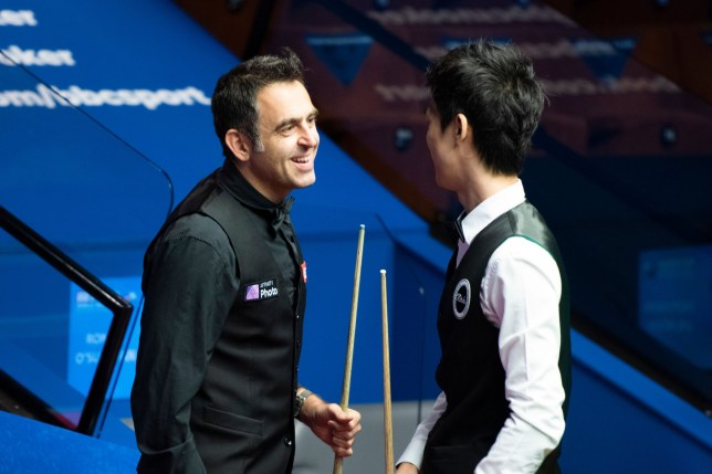 Exclusive Mandatory Credit: Photo by Benjamin Mole/WST/REX (10731327j) Ronnie O'Sullivan and Thepchaiya Un-Nooh Exclusive - Betfred World Snooker Championship, Day Four, Crucible Theatre, Sheffield, UK - 03 Aug 2020