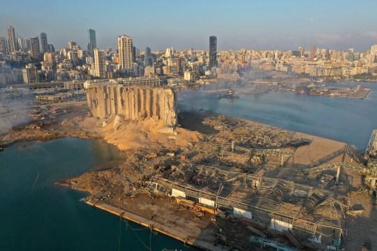 Une photo de drone montre la scène d'une explosion qui a frappé le port de Beyrouth, au Liban, le mercredi 5 août 2020.