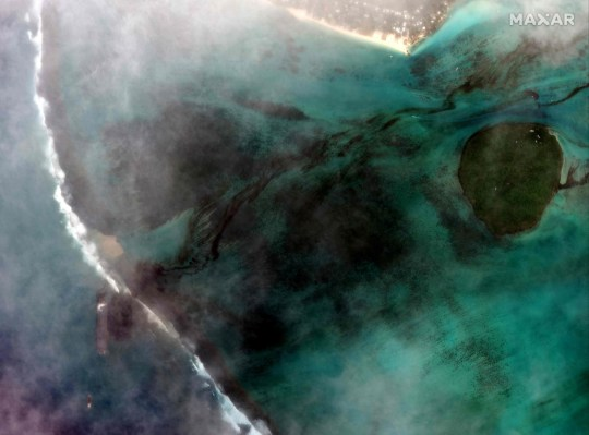 Image satellite de la marée noire de Maurice