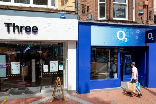 Three and O2 stores