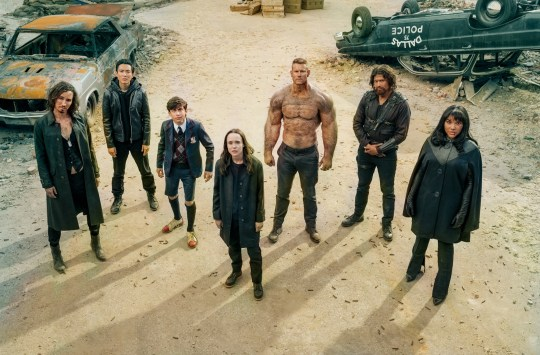 The Umbrella Academy cast in season 2