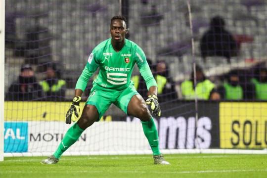 Rennes exige 28 millones de euros (25,8 millones de libras esterlinas) por Edouard Mendy
