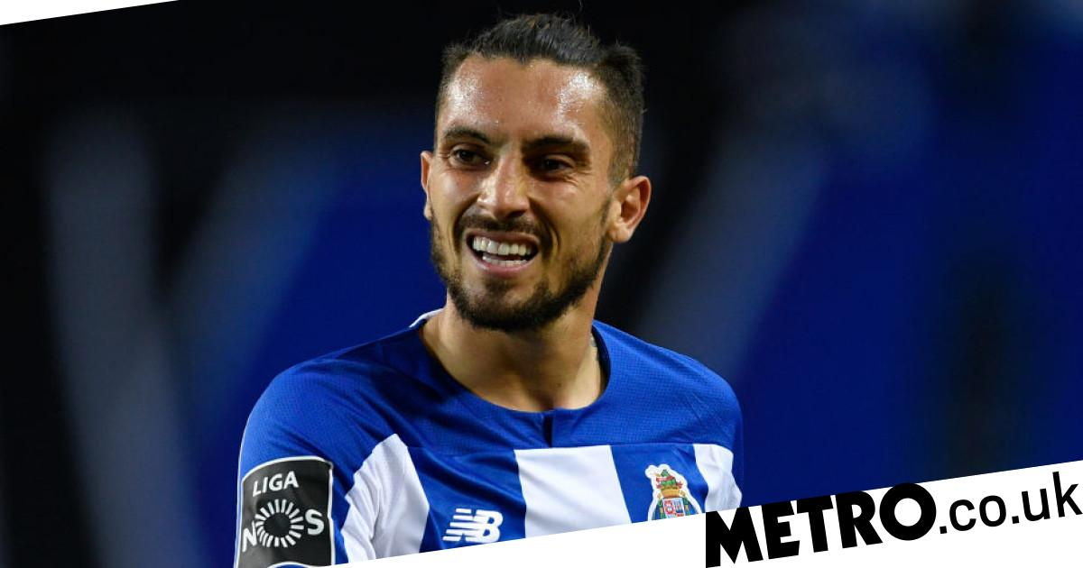 Manchester United target Alex Telles pleads with Porto to lower asking price