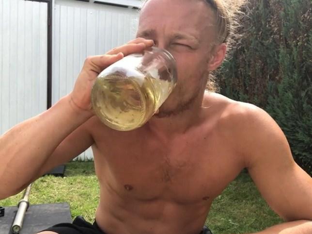 Jan Schünemann drinking his own urine