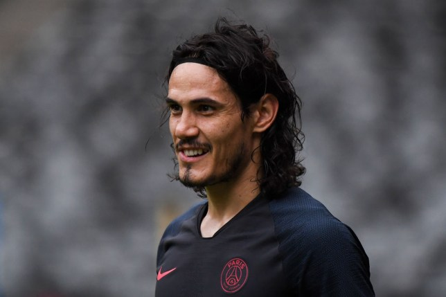 Edinson Cavani completed a move to Manchester United on transfer deadline day