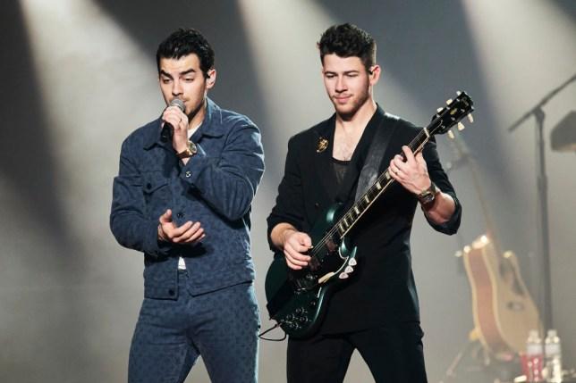 Nick Jonas Joe Jonas