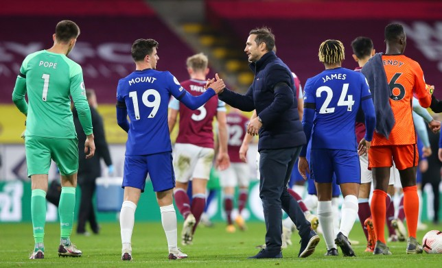 Mason Mount and Frank Lampard shakes hands after Chelsea's victory over Burnley in the Premier League