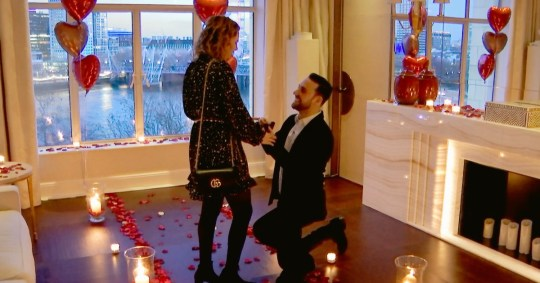 Man spends ?10k at The Savoy Hotel to propose to his girlfriend