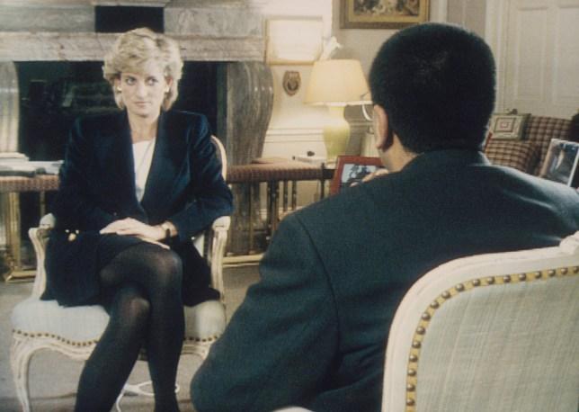 Martin Bashir interviews Princess Diana in Kensington Palace for the television program Panorama.