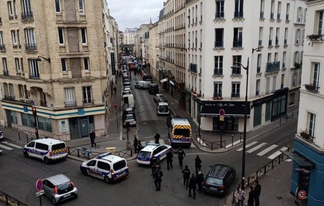 La France met en garde les citoyens contre les menaces terroristes? Partout?  comme une autre attaque au couteau est déjouée dans le 15ème arrondissement de Paris.