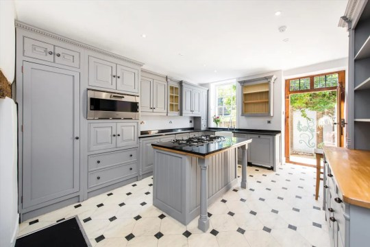 'Extremely rare' house on the oldest terrace in London up for sale - the kitchen