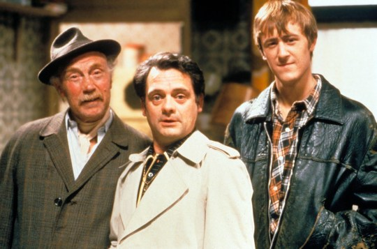 Film: Only Fools and Horses (1981), starring Lennard Pearce as Grandad, David Jason as Del Boy and Nicholas Lyndhurst as Rodney Trotter. BKBXFH ONLY FOOLS AND HORSES (TV - 1981) CREDIT BBC LENNARD PEARCE, DAVID JASON, NICHOLAS LYNDHURST OFAH 021
