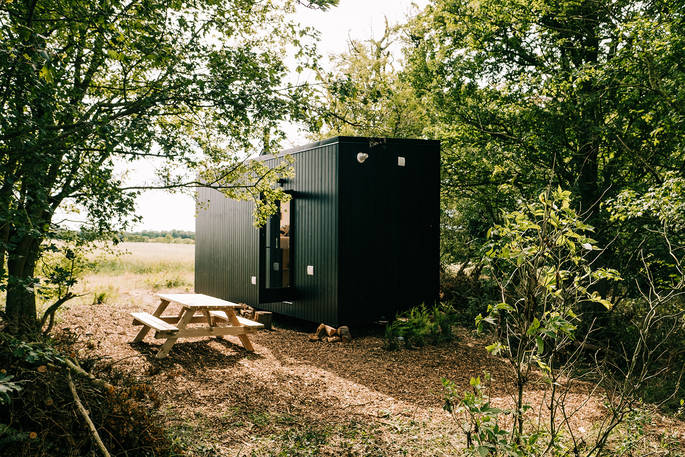 digital detox cabin, canopy & stars