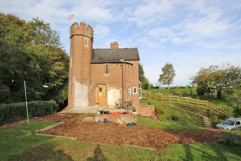 gatehouse with its own turret viewing platform up for sale in louth