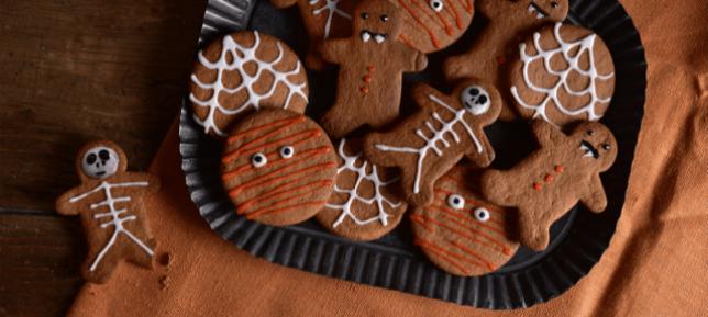 Halloween gingerbread biscuits