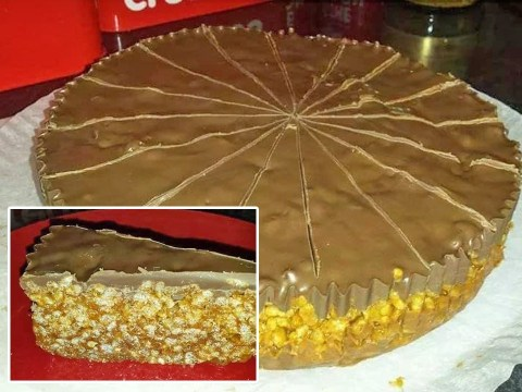 Home baker shares recipe for Mars Bar Rice Krispie cake that you can make in a slow cooker
