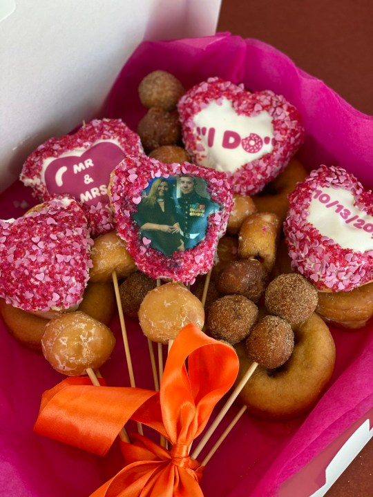 Doughnut bouquet with picture of couple