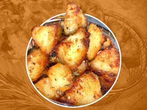 Home cook shows how to make incredible triple cooked roast potato bites