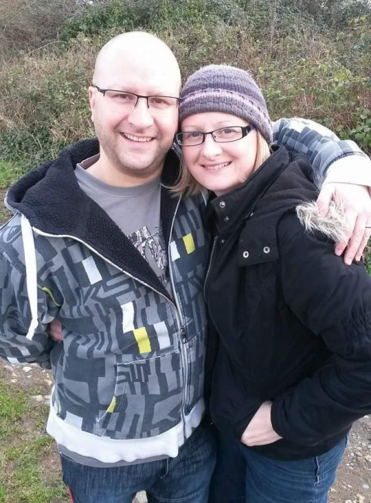 Champion News Service Ltd news@championnews.co.uk Tel: 07948286566 / 07914583378 Chris James, who died in fall from hotel window, with widow Debbie.