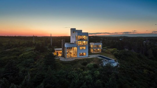 four-bedroom detached house in nova scotia