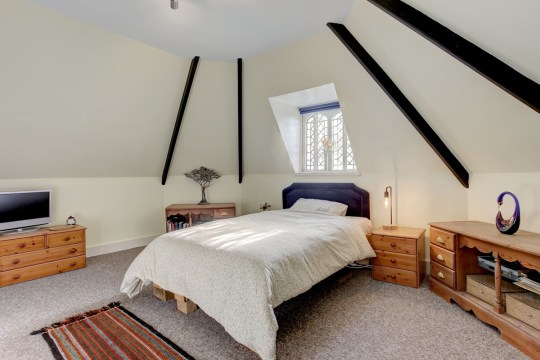 bedroom in former lodge house for sale in norwich