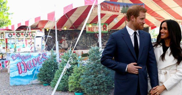 Putera Harry disangka jurujual, ditegur pelanggan ketika 'shopping' bersama Meghan